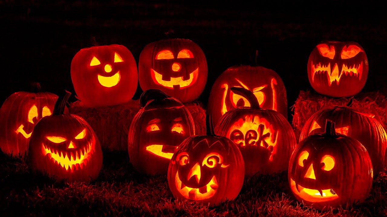 Halloween Napoli.Cosa Fare A Napoli Con Bambini Ad Halloween All Arremviaggio