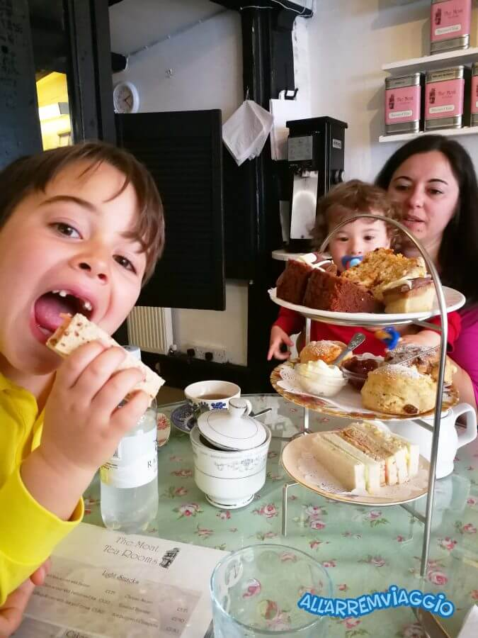 afternoon_tea_con_bambini_a_londra