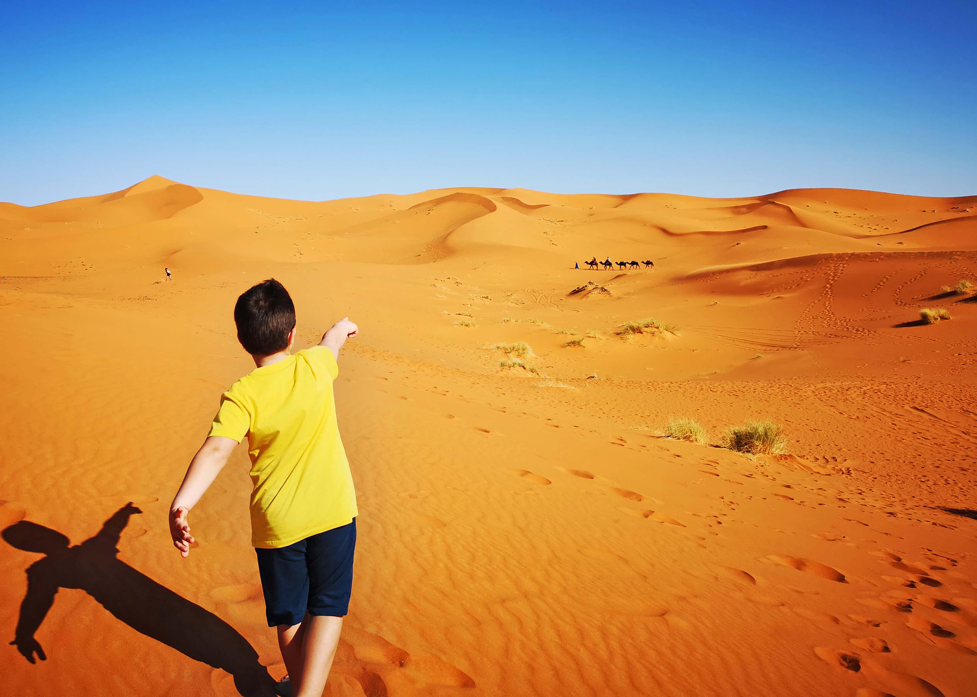 allarremviaggio_viaggiare_con_bambini_marocco_deserto