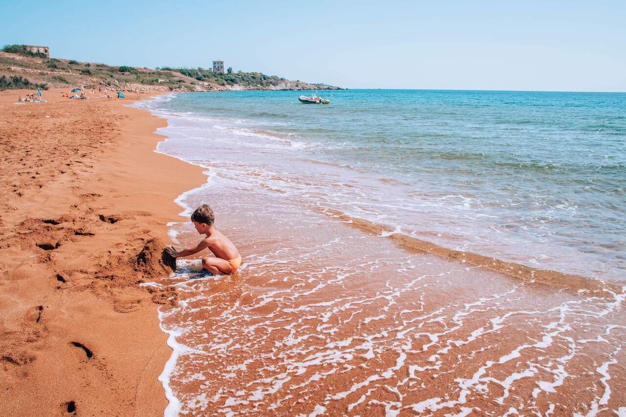 spiaggia camping alfieri crotone calabria
