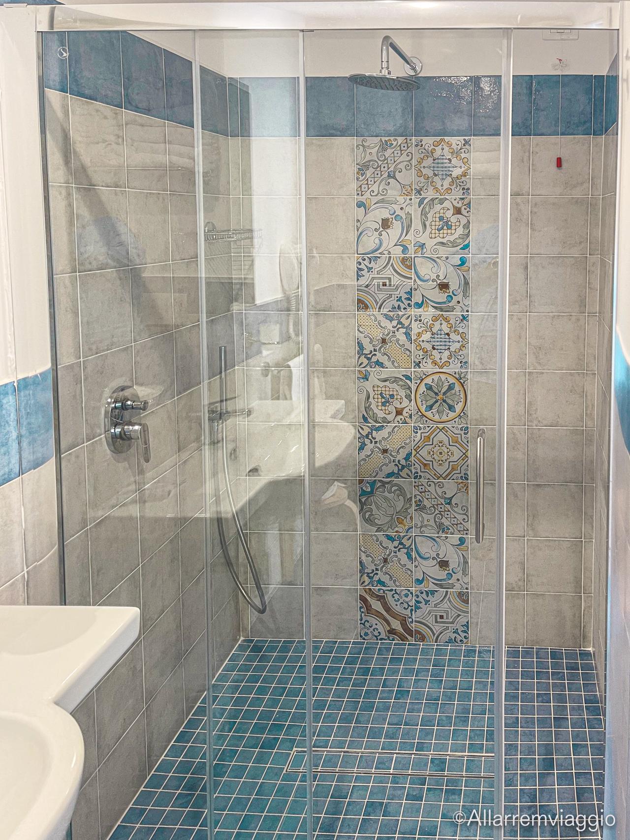 doccia appartamento family spa hotel le canne