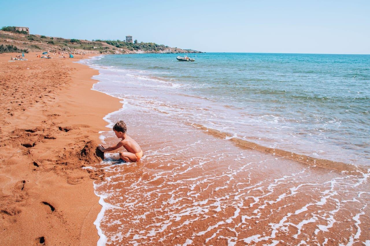 Spiagge rosse camping Alfieri