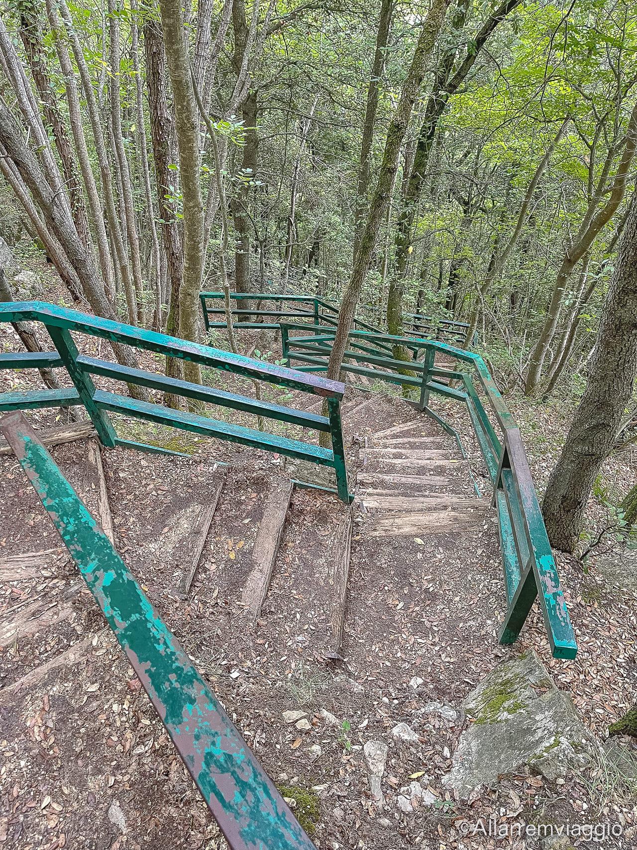 discesa belvedere cascata del verde