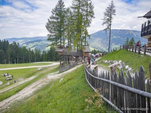 villaggio-gnomi-monte-baranci