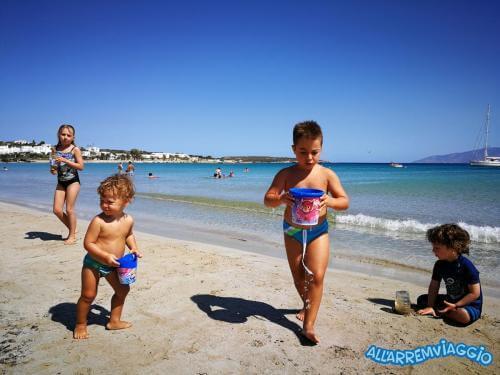 allarremviaggio piratiinviaggio viaggiare bambini spiagge paros cicladi cyclades paroikia naoussa greece santamaria kolymbithres aliki martselo goldenbeach (3)