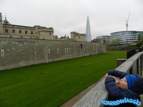 allarremviaggio piratiinviaggio viaggiarebambini organizzare viaggio bambini intrattenimento documenti volo londra inghilterra bigben towerbridge londoneye (11)