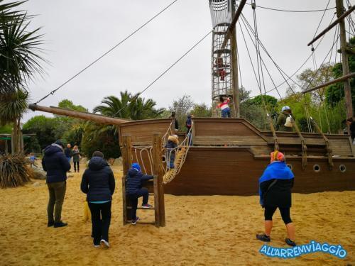 allarremviaggio piratiinviaggio viaggiarebambini organizzare viaggio bambini intrattenimento documenti volo londra inghilterra bigben towerbridge londoneye (43)