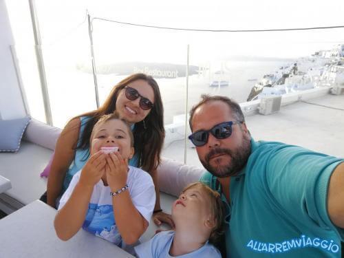 allarremviaggio viaggiare bambini grecia mare cicladi santorini mediterraneo beautifulisland (25)