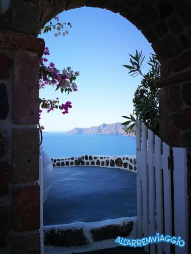 allarremviaggio viaggiare bambini grecia mare cicladi santorini mediterraneo beautifulisland (8)