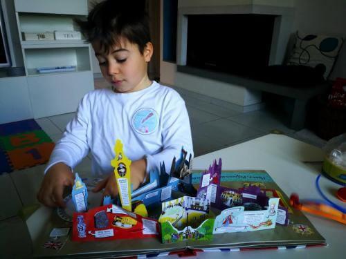 allarremviaggio viaggiare bambini londra libro popup guidaperbambini london piccoliviaggiatori (3)