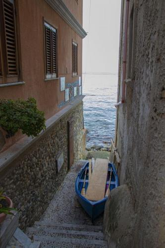 barca vicoli chianalea