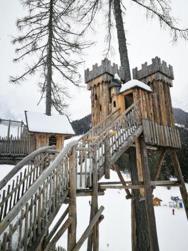 castello villaggio gnomi monte baranci